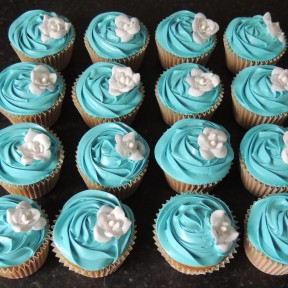 Turquoise Rose Cupcakes