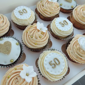 Golden Annivesary cupcakes