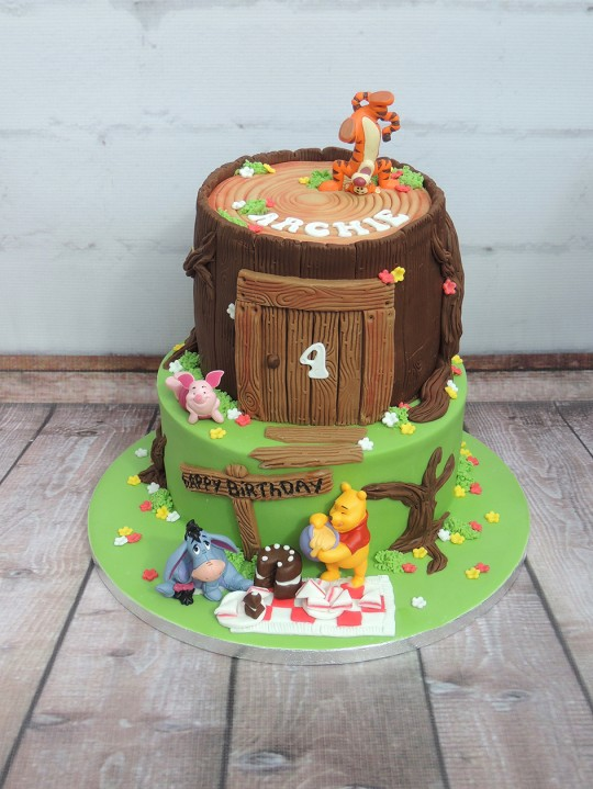 Simply Marvellous Cakes Winnie The Pooh 2 Tier