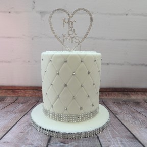 Quilted single tier wedding